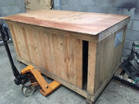 Large packing crate