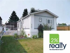 Beautiful 3 Bdrm Mobile on Large Lot**Affordable Family Living
