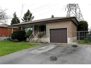 Well-Maintained Bungalow! ID3207022