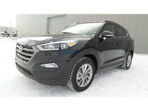 MANAGERS DEMO 2016 Hyundai Tucson Luxury was $34997 now $31388