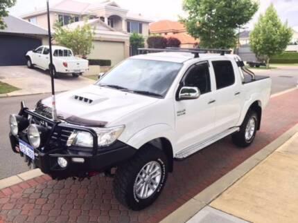 2014/15 Toyota Hilux SR5 4wd Dual Cab 3.0L D4D TD, Auto, White