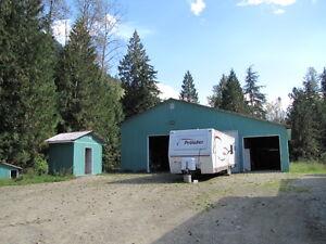 Revelstoke/Malakwa - Home, Shops and 34 Acres Revelstoke British Columbia image 4