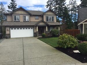 $1650 month 3 bdr / 2 bath Upper Suite North Nanaimo