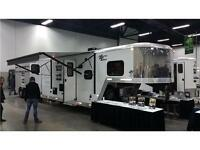 2015 Merhow Next Generation Stock Combo GN with Living Quarters