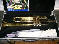 Bb TRUMPET - IN PERFECT CONDITION! Hard Case, Book, &Mouthpiece