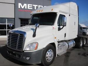 2012 FREIGHTLINER CASCADIA MID ROOF