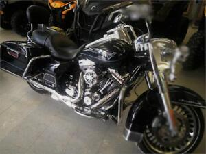 WOW ! Stage 4 Harley mint condition low miles with extras .