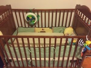 Crib, Mattress and bedding set
