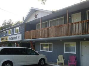 Grand Bend Weekly Room Rentals Available