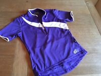 Altura ladies cycling top size 8. Purple and white.