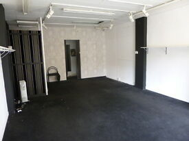 Commercial Unit Available - WHITLEY BAY PARK VIEW