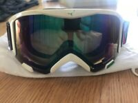 effe141098c7 Womens CEBE ski snowboard Goggles