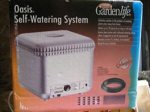 Oasis Plant Self Watering System - New