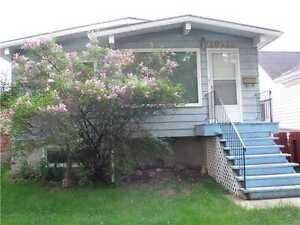 ** CHARMING HOUSE CENTRAL EDMONTON** Avail. NOV 1st