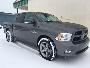 2010 Ram 1500 Sport 4x4 ~ 5.7L Hemi ~ Dual Exhaust ~ $99 B/W Yellowknife Northwest Territories image 3
