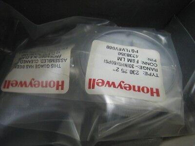 "New AMAT 3310-01134 gauge press 30MG/60PSI 1%ACC 2""D Honeywell"