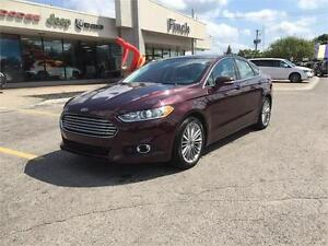 2013 Ford Fusion SE***Leather, B-up Cam, Navi, Sunroof***