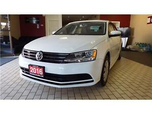 2016 Volkswagen Jetta Sedan Trendline+ Manual  Low Km  $14999