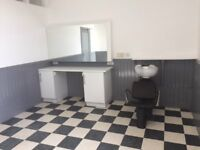 Hairdressing/Beauty/Physio/Massage room to rent in Peterculter