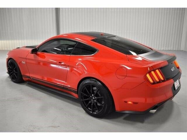 Image 3 Voiture Américaine d'occasion Ford Mustang 2015