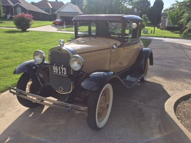 1930 Ford Model A  Model A Ford Coupe 1930 Deluxe
