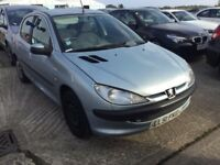 2001 PEUGEOT 206 1.1 PETROL MANUAL 5 DOOR HATCHBACK SILVER MOT STARTS AND DRIVES NOT CORSA POLO CLIO