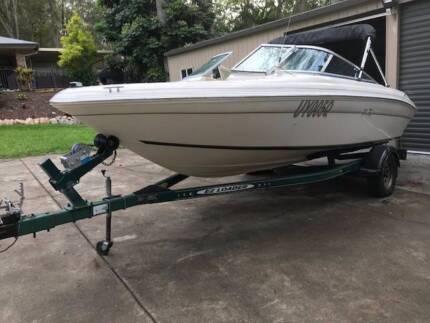 V6 Boat Sea Ray Bowrider
