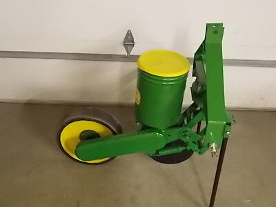 1 Row John Deere 71 Flex Food Plot Sweet Corn Planter Deer 71 Sweet Corn