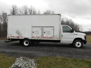 2011 Ford  E-450 SD Box Truck