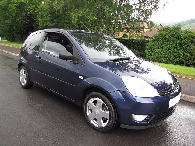 2005 55 Ford Fiesta Zetec Climate 1.2cc. Low Mileage. Full Service History. An Ideal First Car!