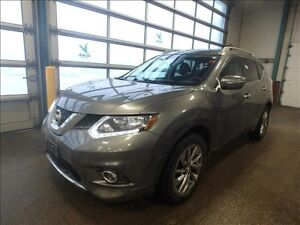 2014 Nissan Rogue SV *Htd. Seats/Pano