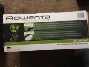 ROWENA IRON NEW IN BOX $90 ECO INTELLIGENCE IRON London Ontario image 5