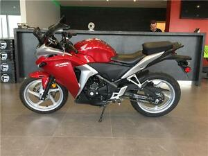 2012 HONDA CBR 250R!! $33.84 BI-WEEKLY WITH $0 DOWN!! LOW KMS!!