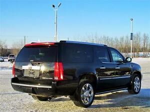 2010 Cadillac Escalade ESV 4x4 Sunroof DVD Leather 8 passenger Edmonton Edmonton Area image 6