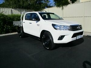 2016 Toyota Hilux GUN126R SR (4x4) White 6 Speed Automatic Dual Cab Chassis Devonport Devonport Area Preview
