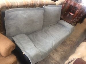 BRAND NEW; NEVER BEEN USED CLIC COUCH