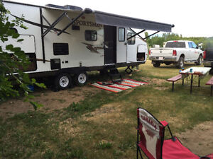 2015 Sportman travel trailer. Mint shape. Reduced