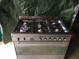 SMEG oven with all accessories and original manuals Noosaville Noosa Area Preview