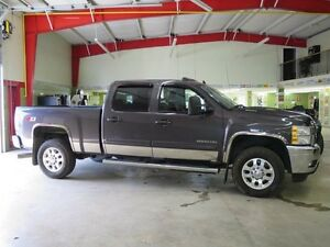 2011 Chevrolet Silverado 2500HD LTZ Fully Loaded Diesel Leather
