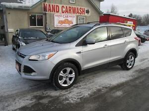 2013 FORD ESCAPE SE // INTELLIGENT 4X4 // HEATED SEATS
