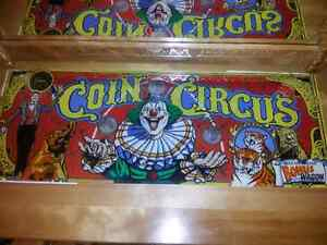 Coin Circus glass