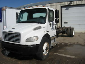 2006 FREIGHTLINER M2 CAB & CHASSIS