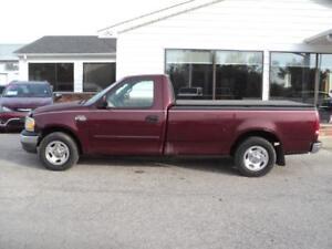 1999 Ford 150 XL Pickup