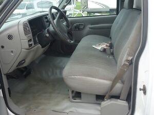 2000 Chevrolet C 3500 HD Reg. Cab 2WD Sarnia Sarnia Area image 9