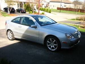 2005 Mercedes-Benz C-Class Sport 1.8L Kompressor Coupe (2 door)