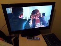 """32"""" TECKNIKA hd ready LCD TV + DVD player combi"""