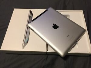 Space Grey Apple iPad 2 32 GB in Original Box - WiFi + Cellular