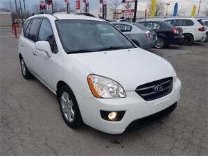 2009 Kia Rondo EX w/3rd Row, 7 PLACE, MP3, BLUTOOTH, A/C, AUTO..
