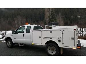 2004 Ford F-450 4X4 DUALLY DIESEL SERVICE BODY ONLY 136,000 KMs