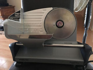 Heavy Duty Stainless Steel Deli and Meat Slicer $80 OBO